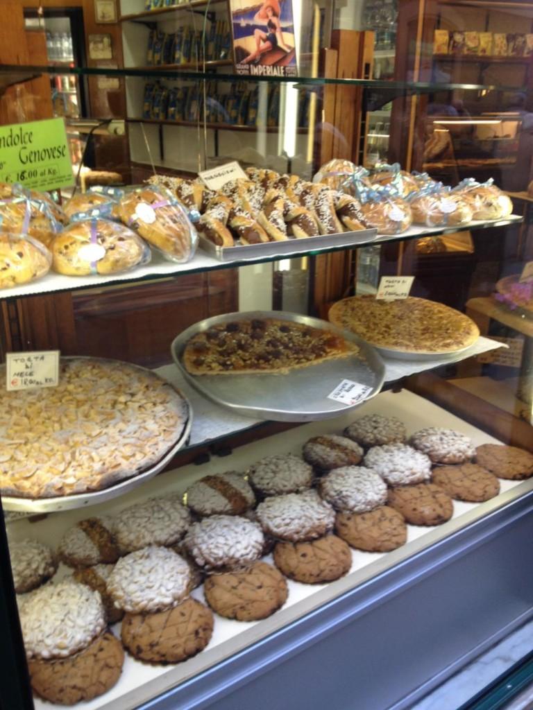 Panificio Dama a Santa Margherita Ligure. Una gioia per gli occhi e per la pancia!