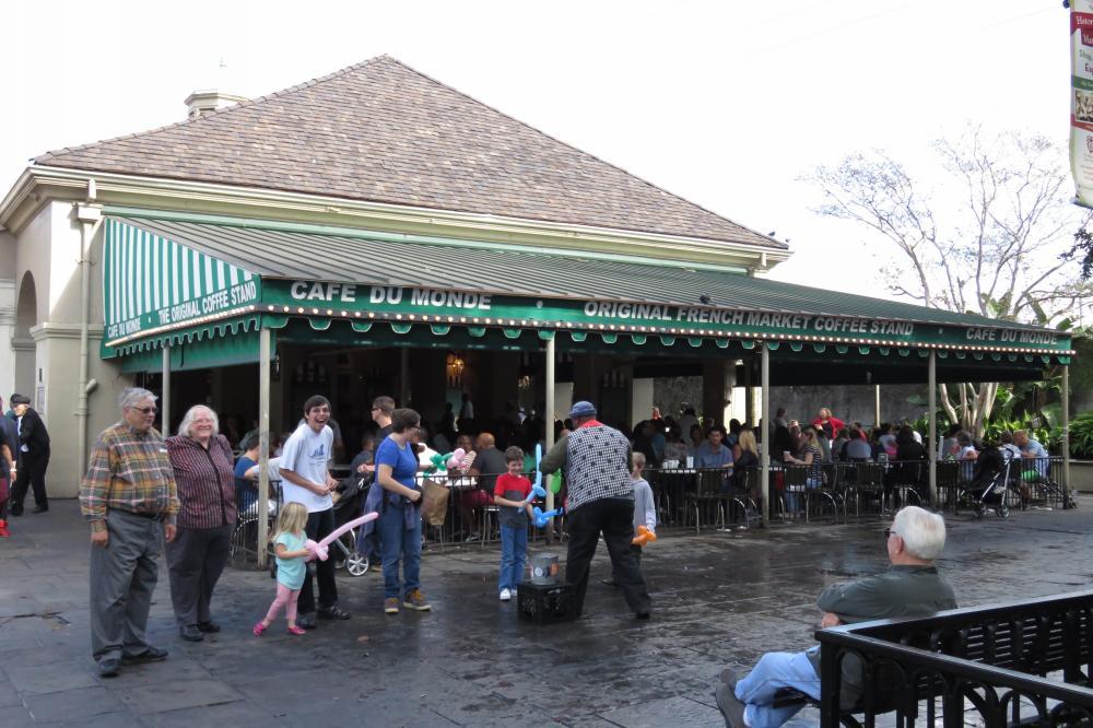 """Cafè du Monde, la casa dei """"beignet"""" a New Orleans!"""