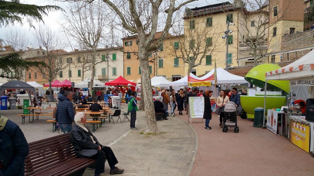 Streetfood Village a Castelfiorentino. Una giornata con l'autentico cibo di strada.